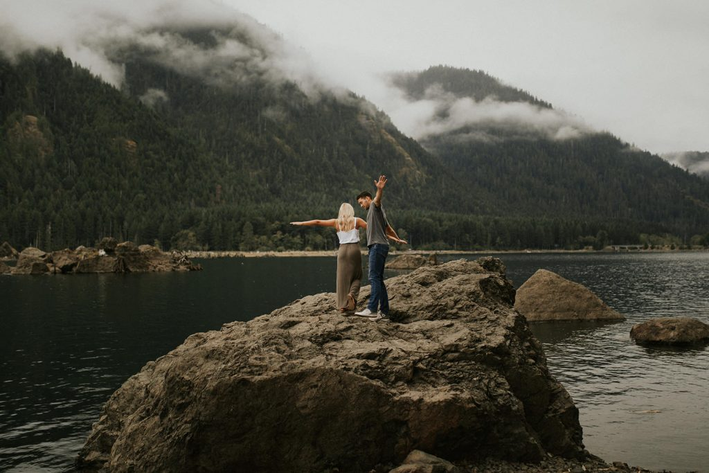 Seattle Lake Engagement Photos