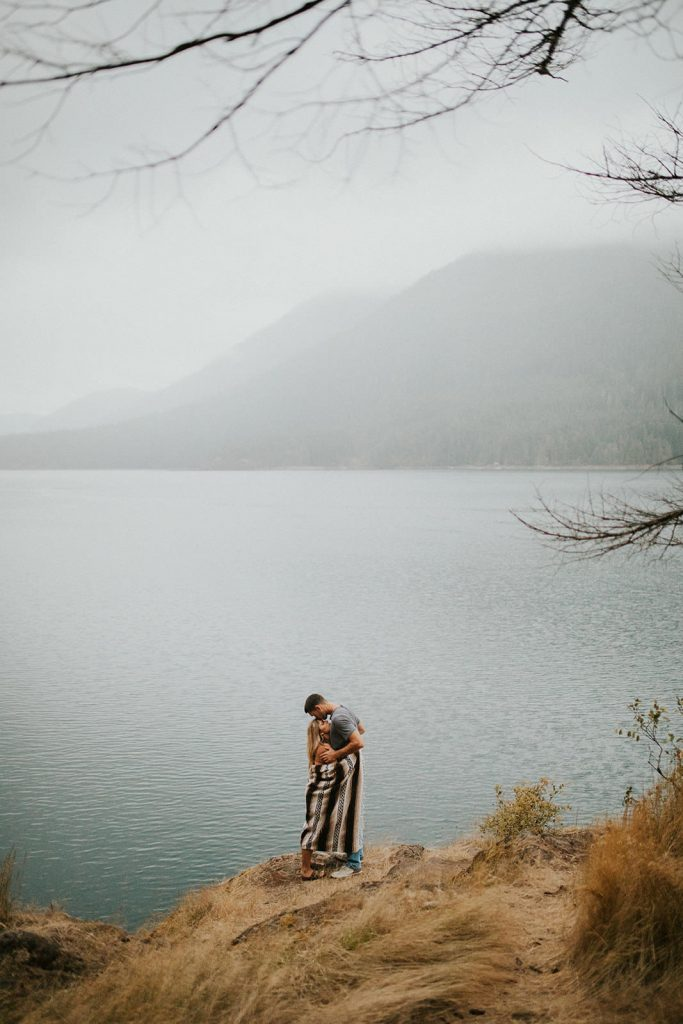 Lake Cushman Engagement Session in Washington