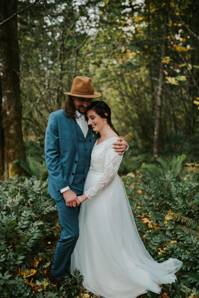 Couples Portraits in Oregon Forest