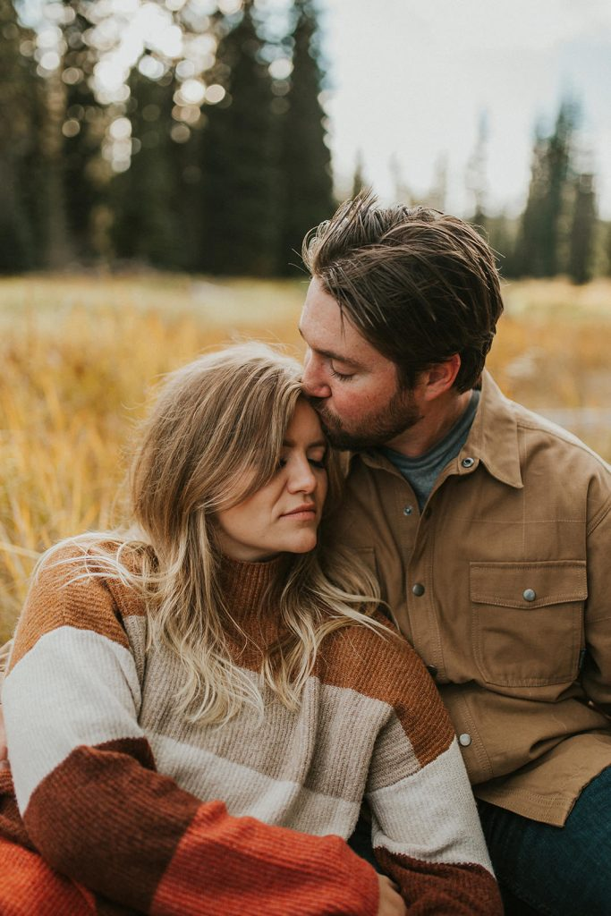 Fall Lake Engagement in Bend Oregon