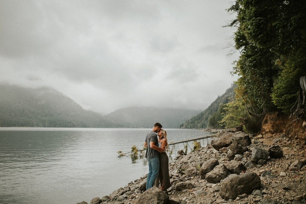 Lake Cushman Couple Session