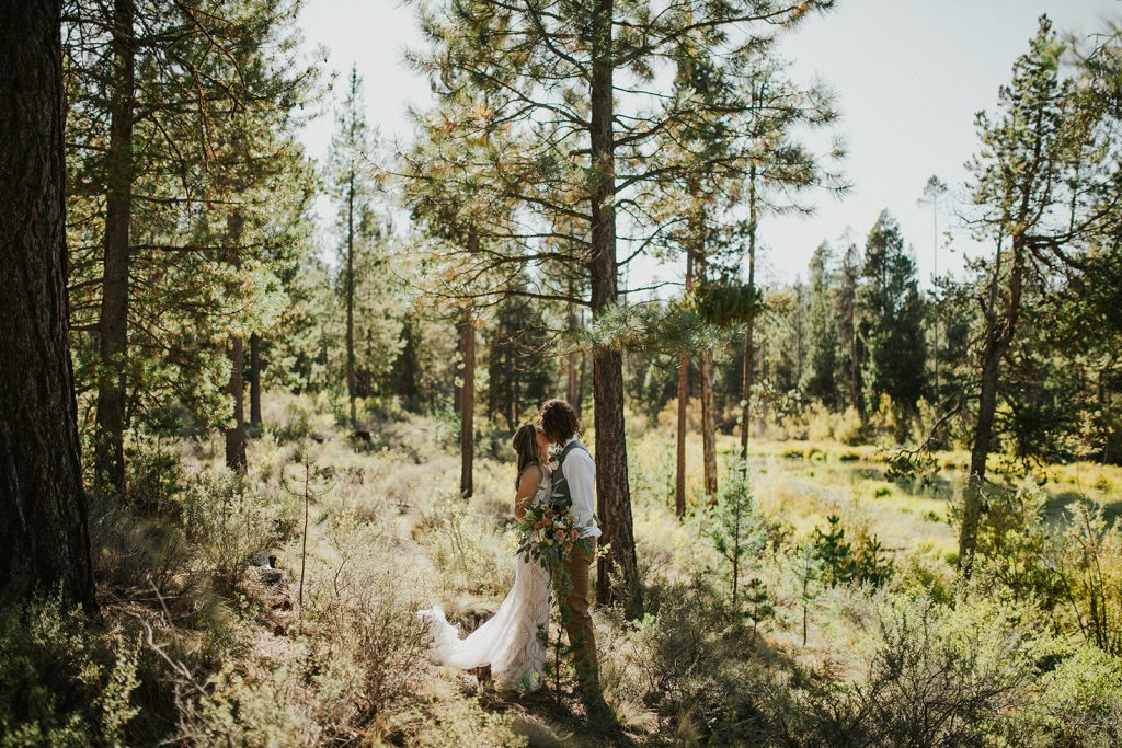Adventure elopement in Central Oregon